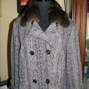 Loro Piana cashmere & Chinchilla fur suit w/ skirt